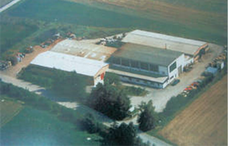 new production halls in Kirchhardt-Berwarngen